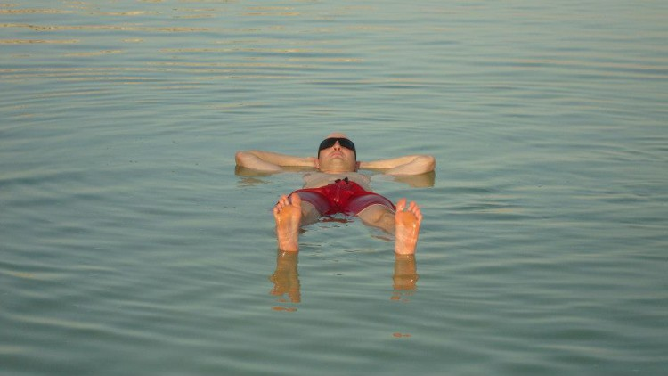 Juandre Swims Dead Sea for Madswimmer