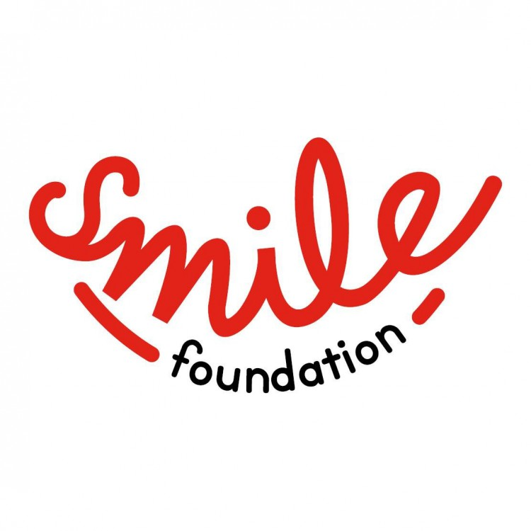 Med Student supporting Smile Foundation - Taryn Gomes